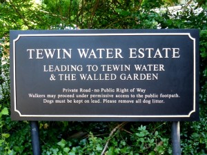 Tewin Water House Sign